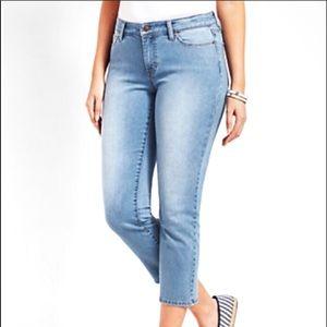 ❤️ Talbot Light Medium Wash Crop Jeans